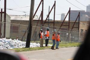 city sandbagging crew