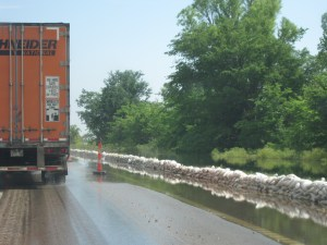 sandbags along northbound I-55