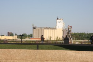 grain elevator on the Mississippi River