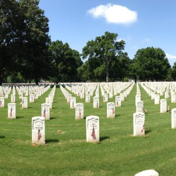 Memphis National Cemetary panorama