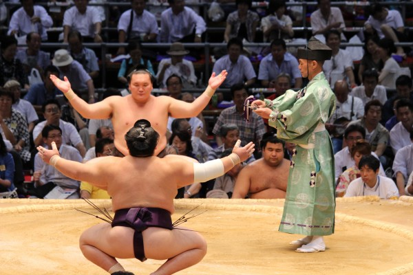 ceremonial start to a sumo match