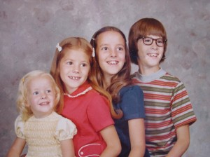 1970s family photo of the Person kids