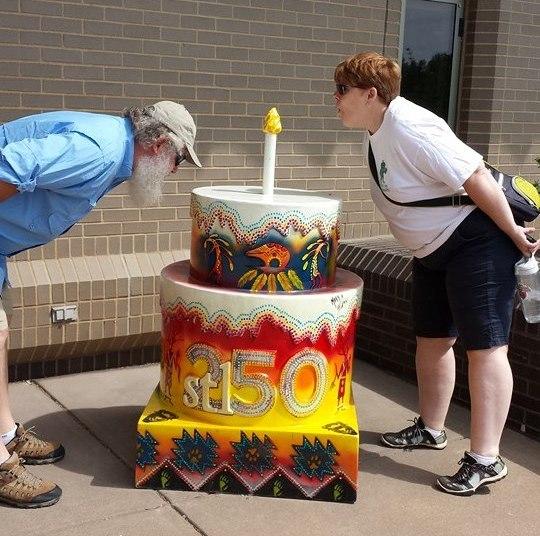 Astonishing 250 Birthday Cakes Celebrating St Louis 250Th Birthday Video Funny Birthday Cards Online Amentibdeldamsfinfo