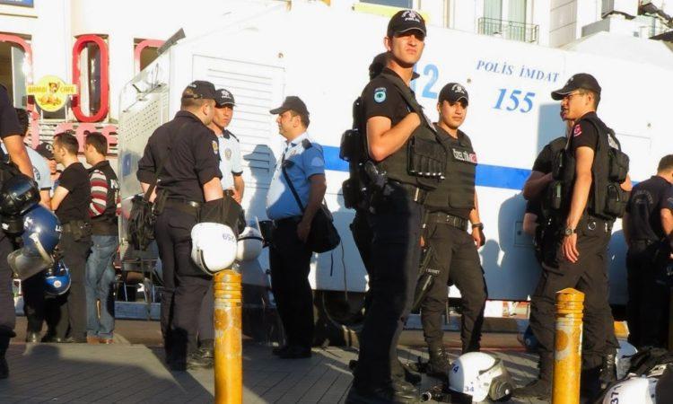 police in riot gear at Taksim