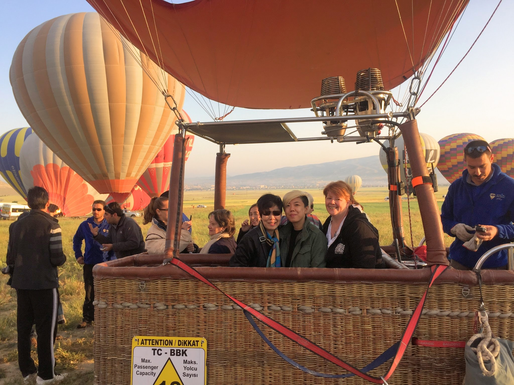 Scared of Heights Taking Hot Air Balloon Flights (Video)