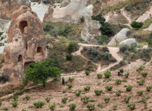 farmers and fairy chimneys 2