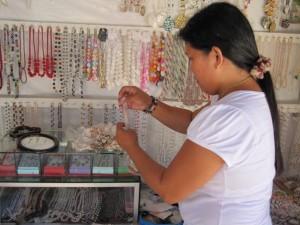 jewelry shop on Puka Beach