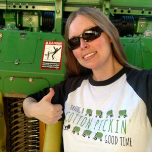 Cotton pickin' good time tshirt